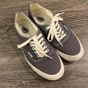 Vans Vault Authentic Shoes 9.5